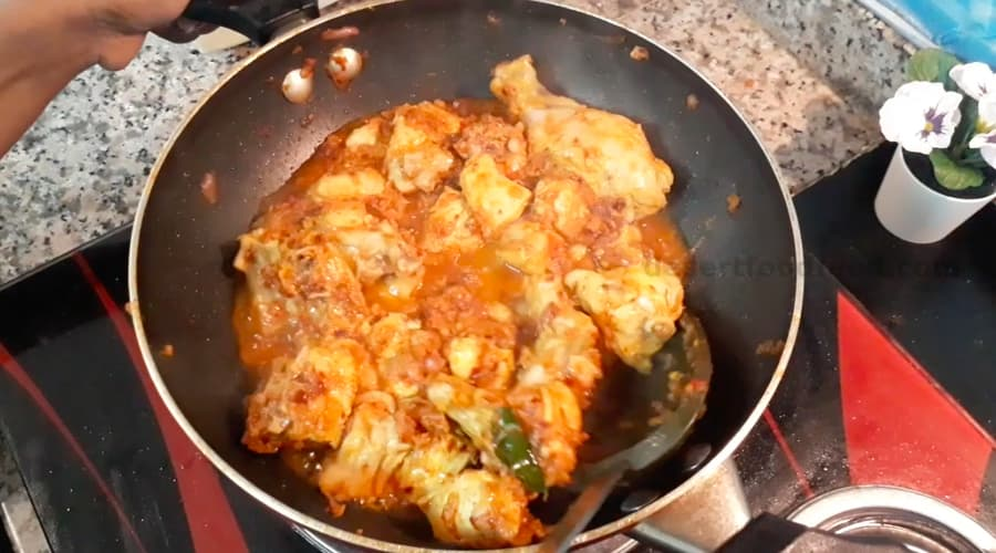 red chili flakes chicken