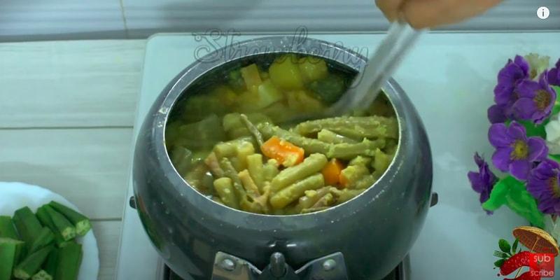 mix vegetable sambar