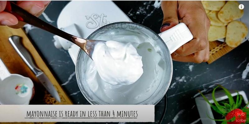white mayonnaise