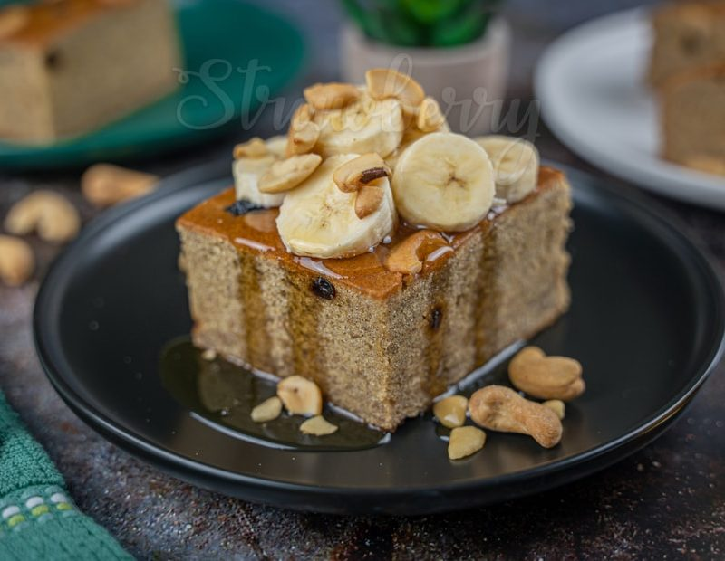 Eggless Wheat Banana Cake