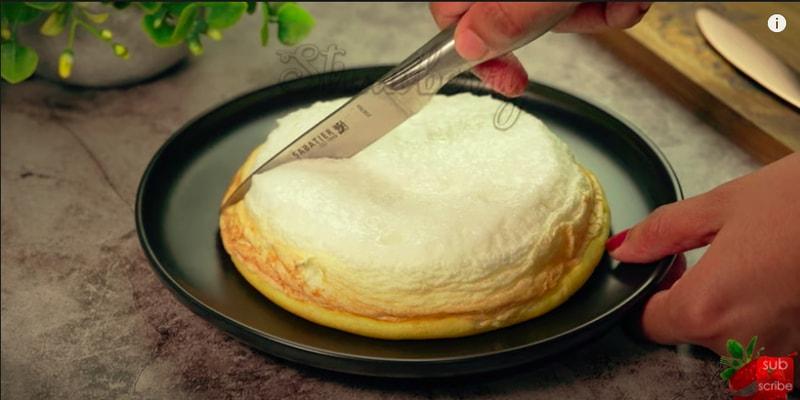 Fluffy Cloud Omelette