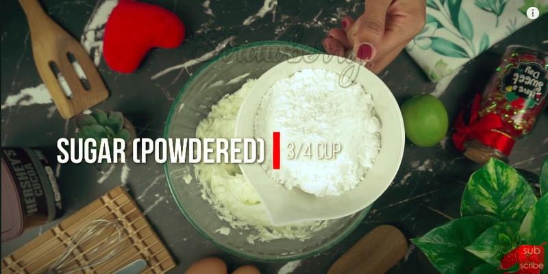 Red Velvet Cream Cheesecake