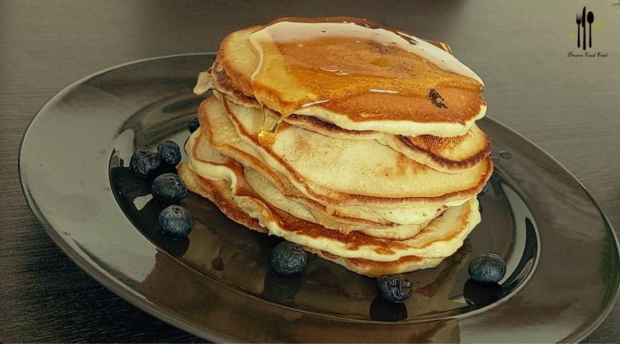 Light Fluffy Blueberry Pancakes