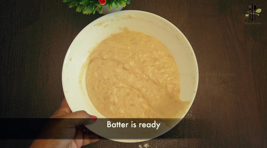 Further add 1 tsp vanilla essence and mix them.