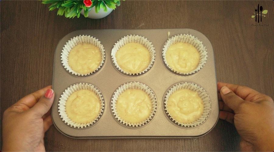 Eggless Banana Muffins
